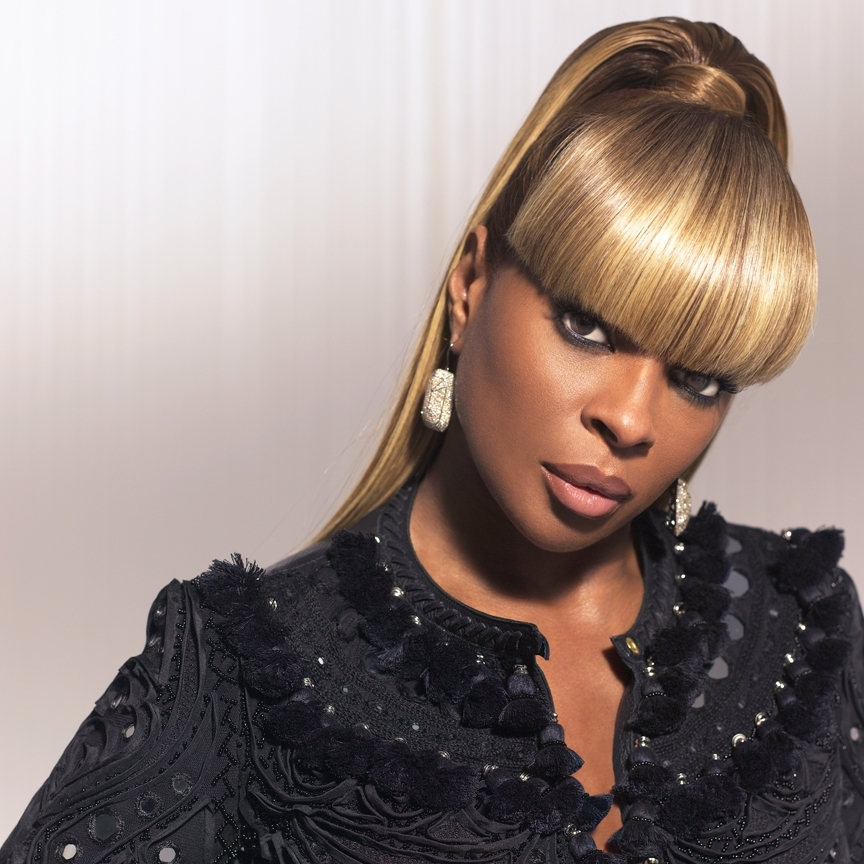 Mary J  Blige Taps The Clark Sisters For Christmas Duet